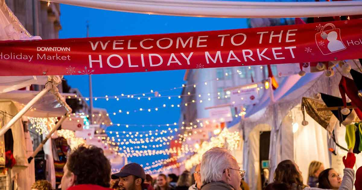 9 Popular Holiday Markets in the U.S.